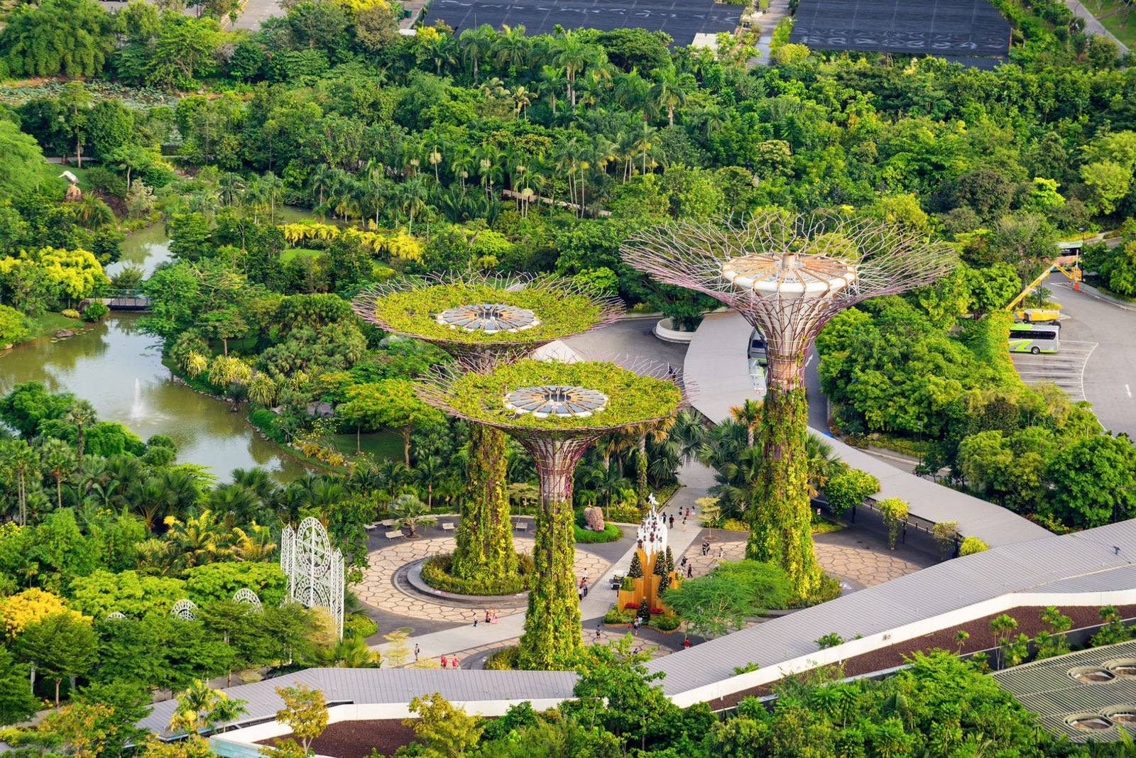 Gardens by the Bay  .