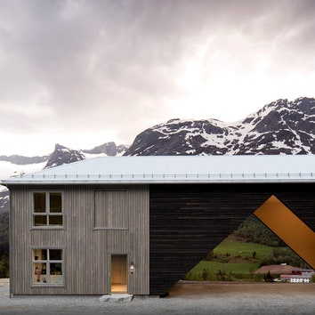 """1/3 House: """"недостроенный"""" дом в Норвегии"""