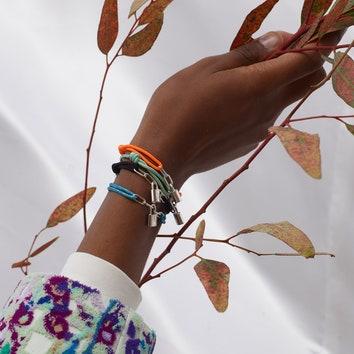 Louis Vuitton для ЮНИСЕФ: новая благотворительная коллекция браслетов от Вирджила Абло