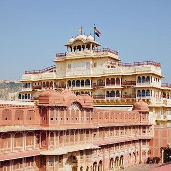 Теперь у вас есть возможность провести ночь в Городском дворце Джайпура
