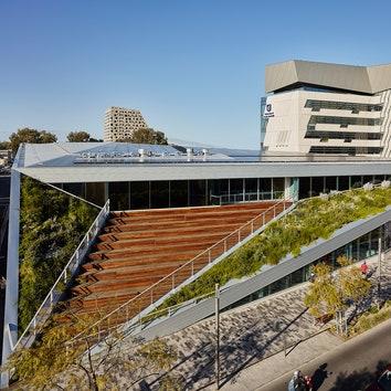 Первый проект Snøhetta в Австралии: спортивный студенческий центр Pridham Hall