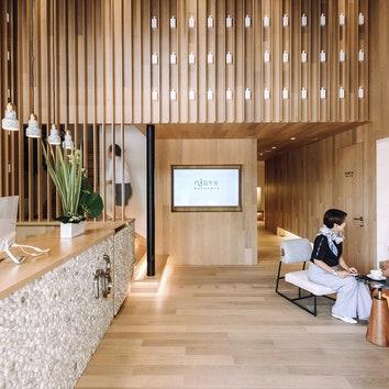 Органика и минимализм в интерьере салона красоты в Шанхае
