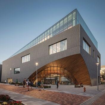 В Темпльском университете открылась новая библиотека по проекту Snøhetta