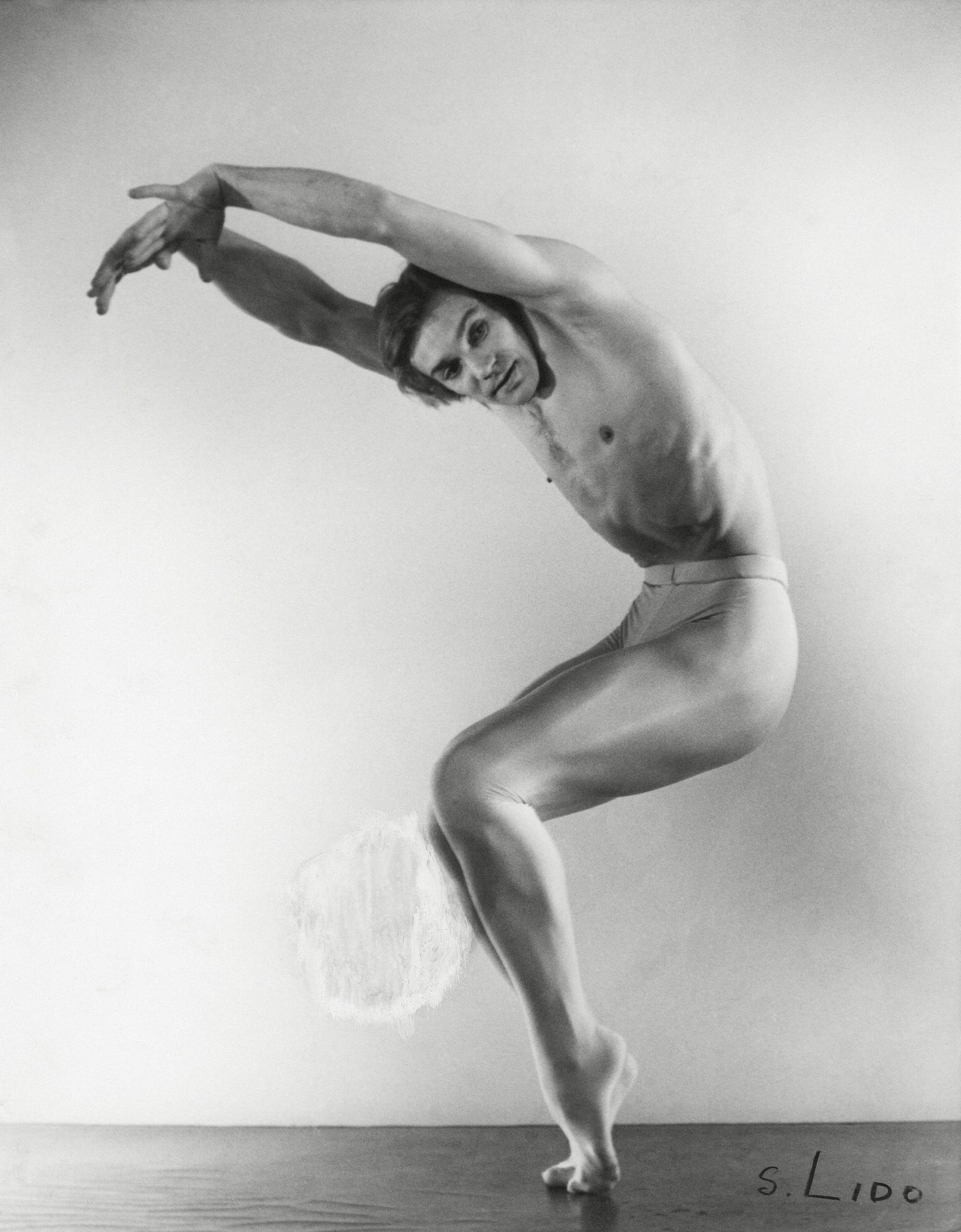 Serge Lido Photography. Vladimir Vassiliev Narcisse Etude Photografique de Serge Lido. Paris 1977 . Silver Gelatine Print.
