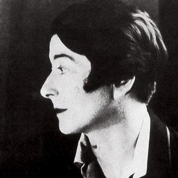 Пост почитания Эйлин Грей: 13 фактов о жизни легендарной женщины-архитектора