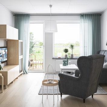 Silviabo_twobed_ap_livingroom_1.jpg
