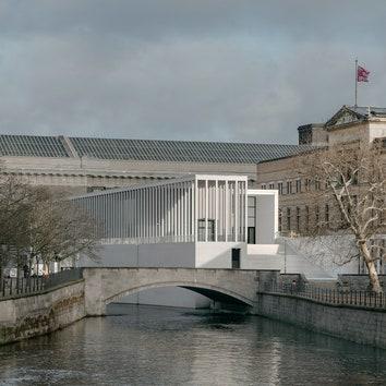 В Берлине открылась Галерея Джеймса Симона по проекту Дэвида Чипперфилда