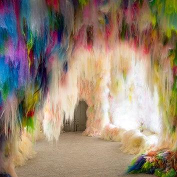 Буйство красок: инсталляция Shoplifter для павильона Исландии на Венецианской биеннале 2019