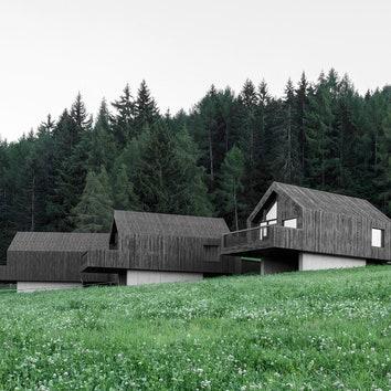 Комплекс деревянных домов на севере Италии