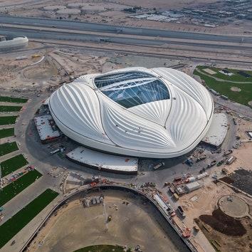 В Катаре открылся стадион по проекту Zaha Hadid Architects