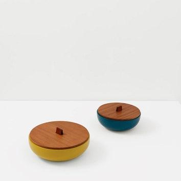 Коробки Сélèbes by Studio Hermès. Лакированное красное дерево, кожа.