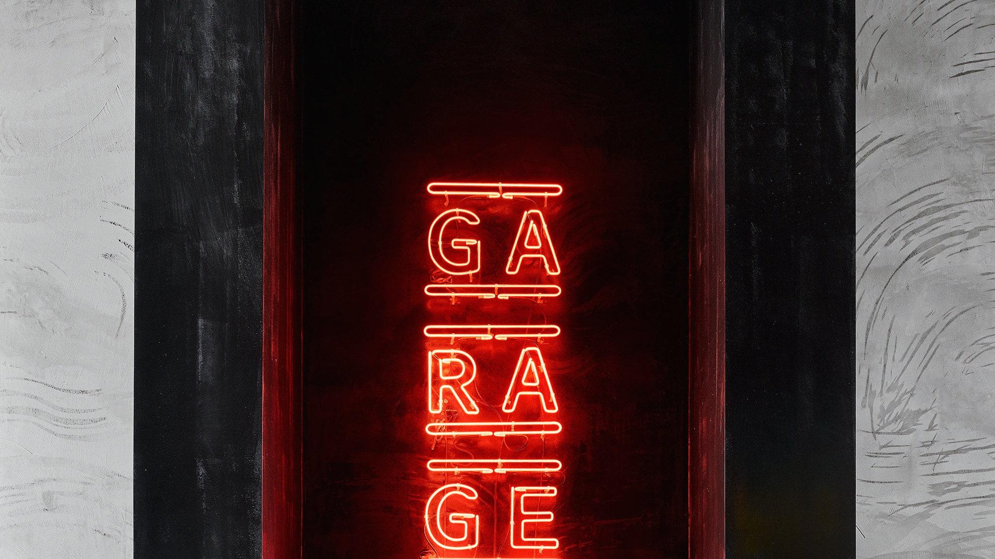 Garage   120