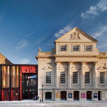 До и после: реконструкция старинного театра Bristol Old Vic
