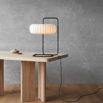 Лампы-скульптуры Тома Россау на Миланской неделе дизайна