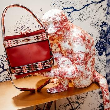 В ЦУМе открылся поп-ап-бутик Dior