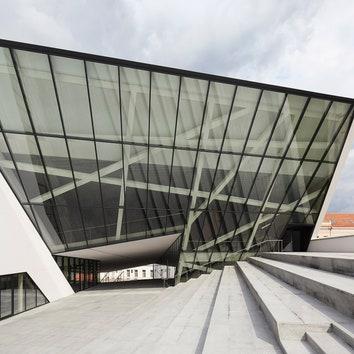 Studio-Libeskind_MO-Museum_Vilnius_Lithuania_©Hufton+Crow_020.jpg