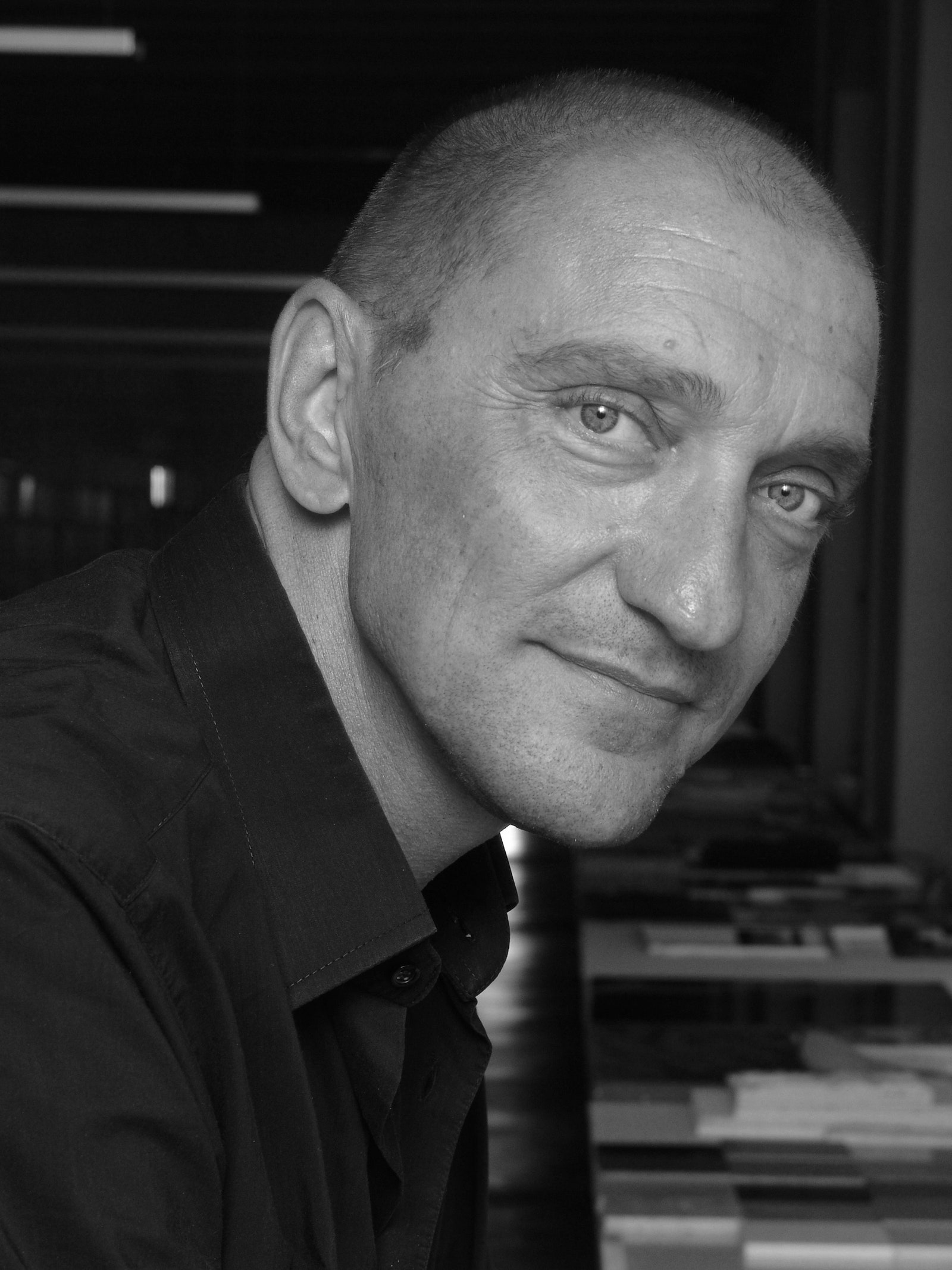 Rodolfo Dordoni Architetti                .