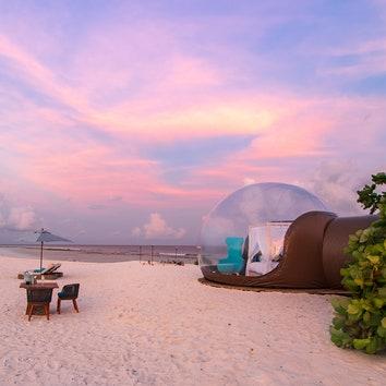 #отпускпообмену: глэмпинг под звездами на Мальдивах