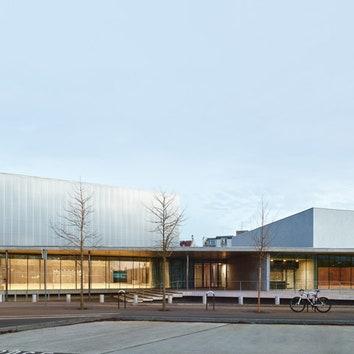 Минималистичный спортивный центр в Страсбурге