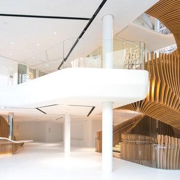 Лестница-змей: Ора-Ито оформил офис в Париже