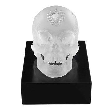 Скульптура Eternal Sleep. Фото: Prudence Cuming Associates Ltd © Damien Hirst, Science Ltd and Lalique.