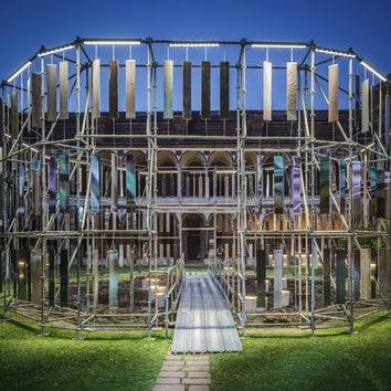 Инсталляция Массимо Йоза Гини в Милане