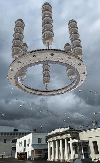 """Арт-проект """"Здесь и сейчас"""": работы современных художников на улицах Москвы"""