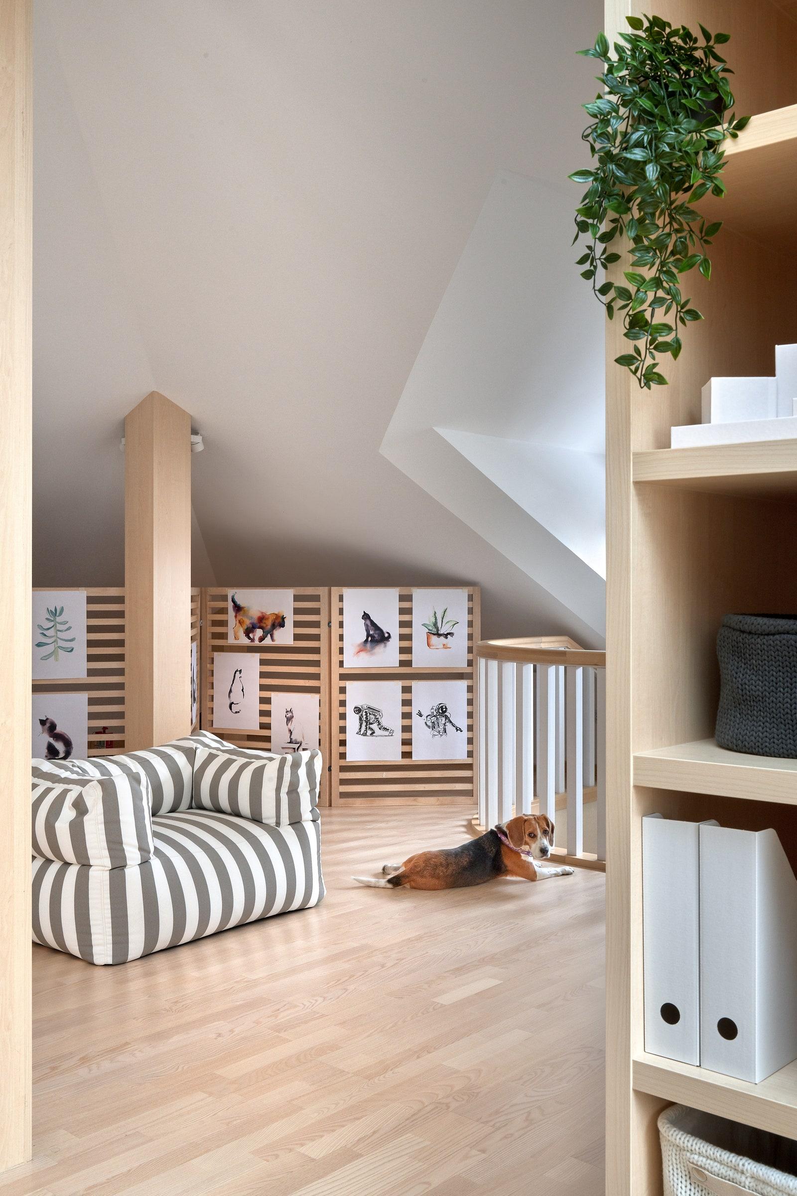 .        .   Lazy Life Paris  IKEA Vox.