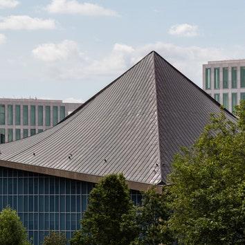 Музей дизайна в Лондоне по проекту OMA и Джона Поусона
