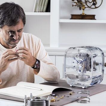 Новый корпус часов Atmos по дизайну Марка Ньюсона