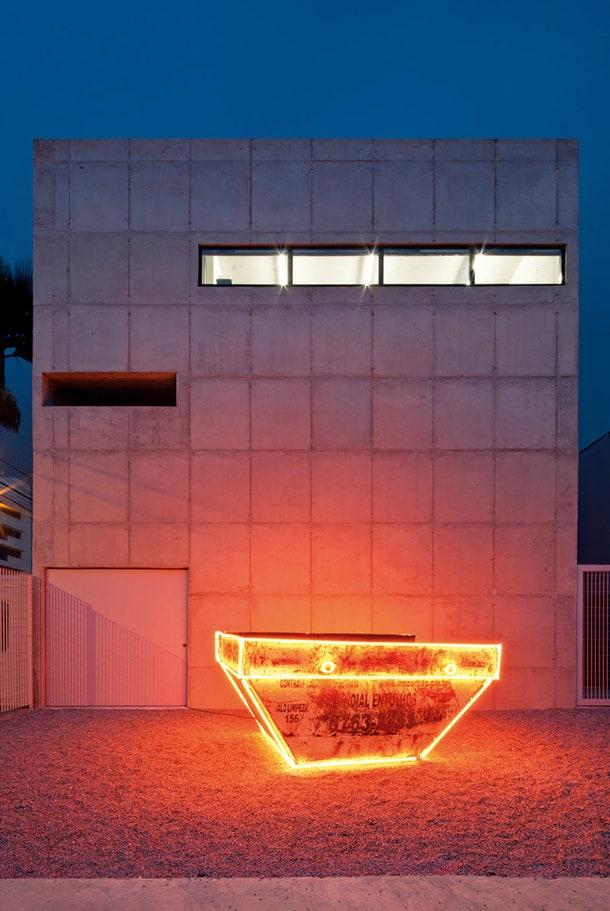 Leme   .  c  Metro Architects