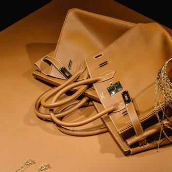 Выставка украшений Hermès в ГУМе