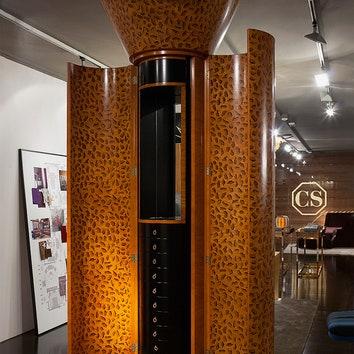 Шкаф, придуманный архитектором Алессандро Мендини и сделанный Colombostile по архивным эскизам.