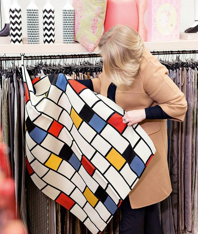 Mondrian Blanc Noir    Exclusive    5400 .  .