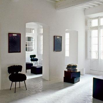Черно-белый дом в Сен-Тропе