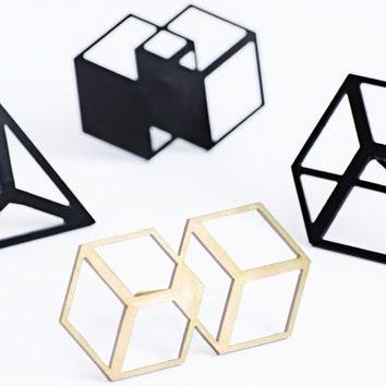 Геометрические крючки для одежды