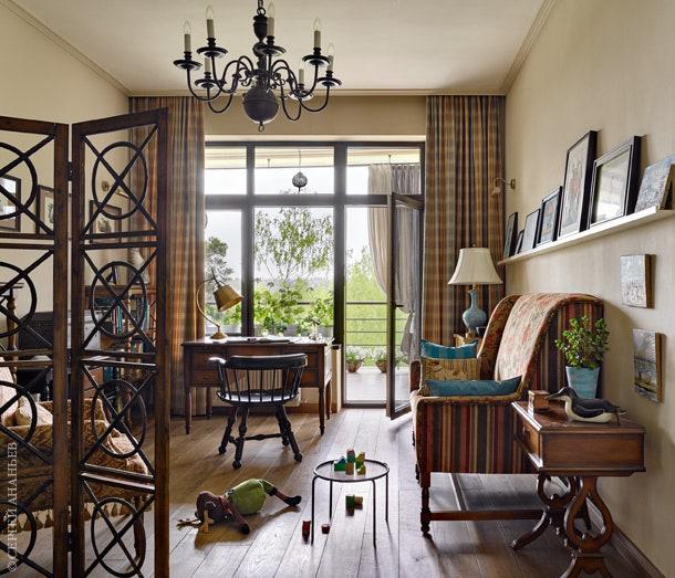 .           Feeling Deco   Universal Furniture  Zhongshan Art Dynasty.