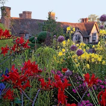 Сад Грейт-Дикстер в Англии
