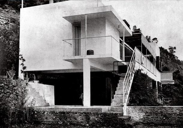 1027      1930 .