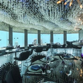 Подводный клуб-ресторан на Мальдивах