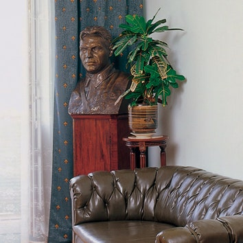 Квартира советского летчика Валерия Чкалова