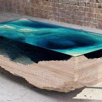 Стол с морским дном