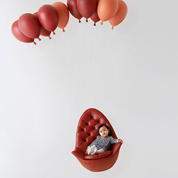 Кресло на воздушных шариках