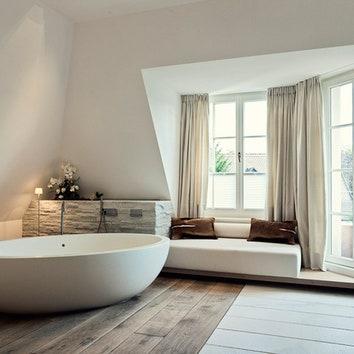Ванная комната в доме в Мюнхене. Декоратор Михаэль Ноймайр.