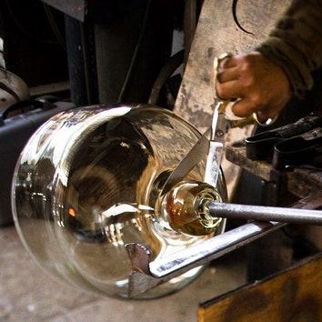 Ремесло: стекольная фабрика Alison Berger Glassworks