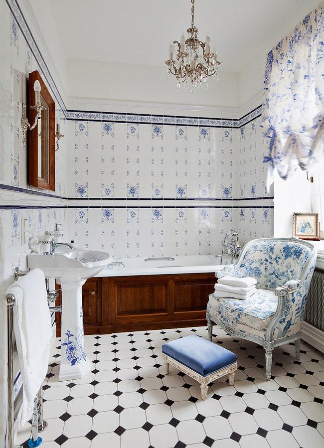 .  Imperial Bathrooms  Minton Hollins  Salda.