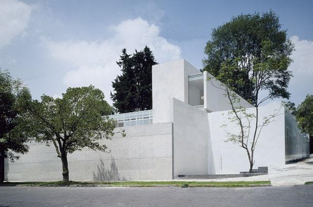House C   2001 .