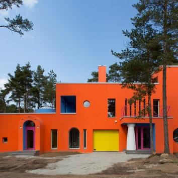Красочный дом в Эстонии