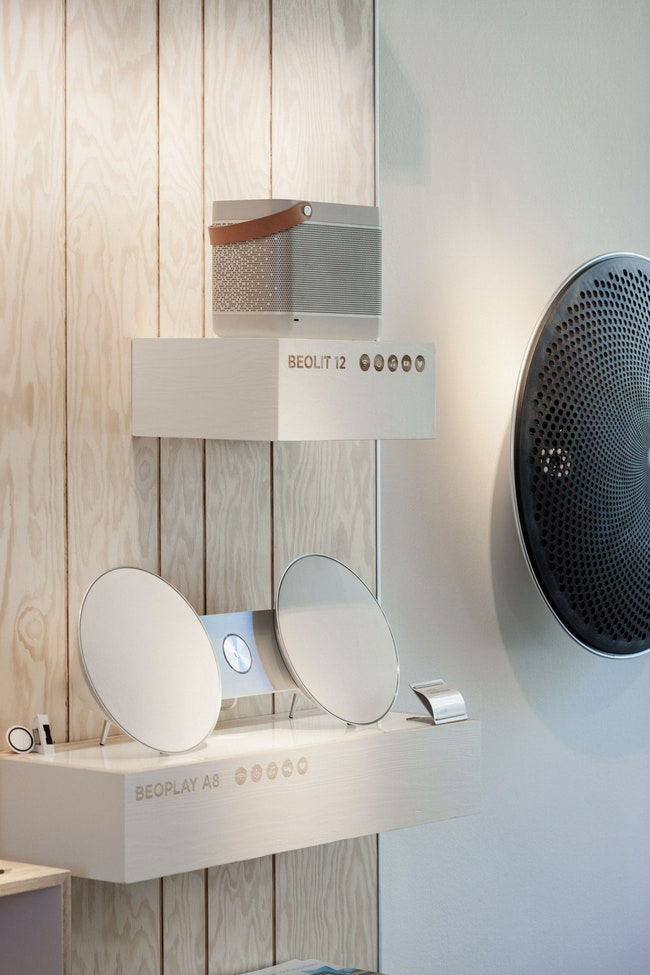 BeoPlay 8