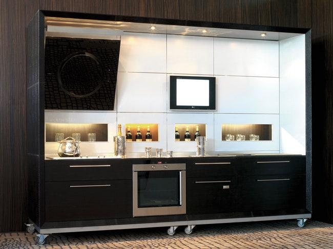 Plaza Kitchen System         Formitalia